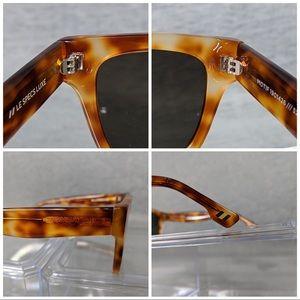 Le Specs Accessories - Le Specs Motif Sunglasses (Unisex)